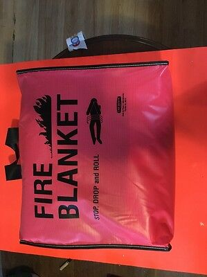 Lab Safety Fire Blanket With Vinyl Tote Case