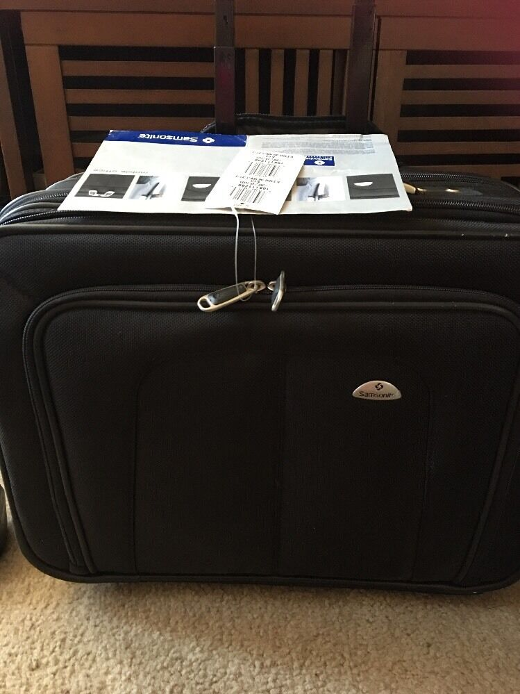 "Samsonite Business One Mobile Office Wheeled 17"" Laptop Brie"