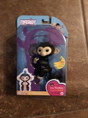 Fingerlings Interactive Baby Monkey Finn Black W  Blue Hair Fingerling Wowwee