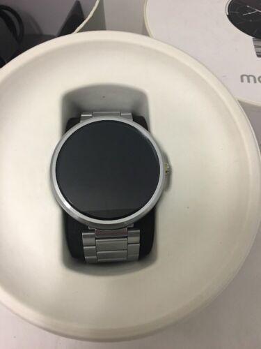 Moto 360 Smartwatch, Stainless Steel w/ Light Finish