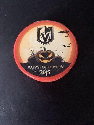 VEGAS GOLDEN KNIGHTS HALLOWEEN LIMITED EDITION HOCKEY PUCK LAS VEGAS PUCK 2017 (Hockey Halloween Las Vegas)