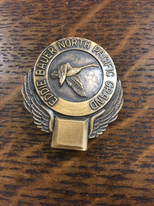 Eddie Bauer North Pacific Grand  Duck 🦆 Goose Hunting Pin