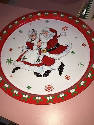 Mr. And Mrs. Clause Aluminum Santa Plate (Mr And Mrs Santa Clause)