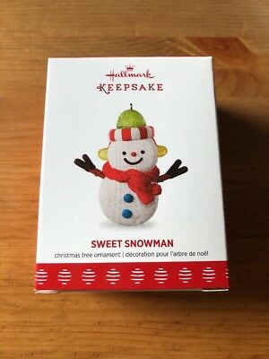 "HALLMARK KEEPSAKE ORNAMENT 2017 ""Sweet Snowman"" VIP/Limited NIB RARE"