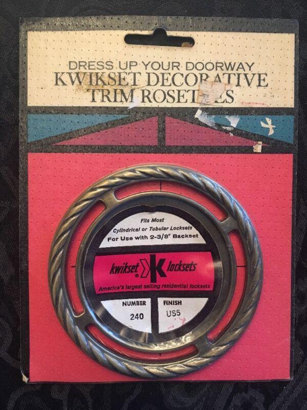 Vintage 1960s Kwikset Antique Brass Trim Plate Rosette Escutcheon 240 US5 MCM