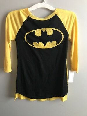 Women's Juniors Batman T-Shirt with Cape Black/Yellow NWT Sz XS