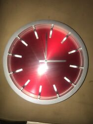 MODERN ROUND WALL CLOCK QUARTZ RED & SILVER JH 1668 BATTERY OPERATED NEW
