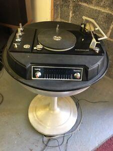 Vintage, Mid-Century, Space Age, Atomic, Electrohome Circa 711 Turntable