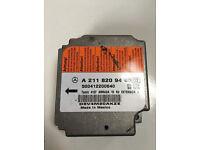 Mercedes MB W211 E320 CDI Airbag Control module ecu A2118209485