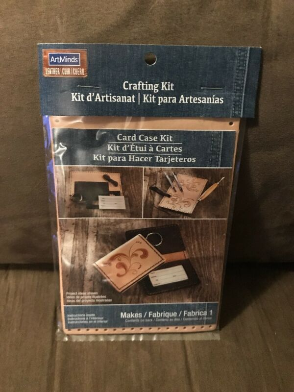 ArtMinds Card Case Kit  New
