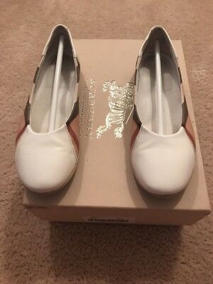 Burberry Shoes Kid Size 33 Good Condition!
