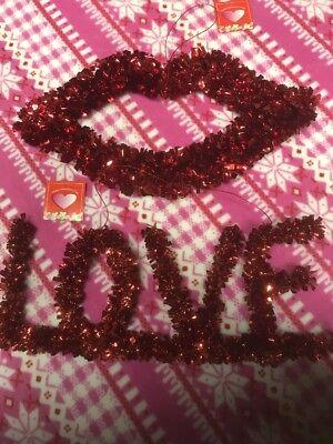 2-VALENTINES Garland Tinsel Decorations Red Lips & LOVE WINDOW/ DOOR HANGERS NEW](Bulk Tinsel)