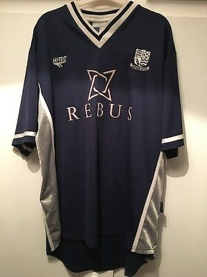 *XL* 2001/02 SOUTHEND UNITED Hi-Tec Home REBUS Football Shirt image