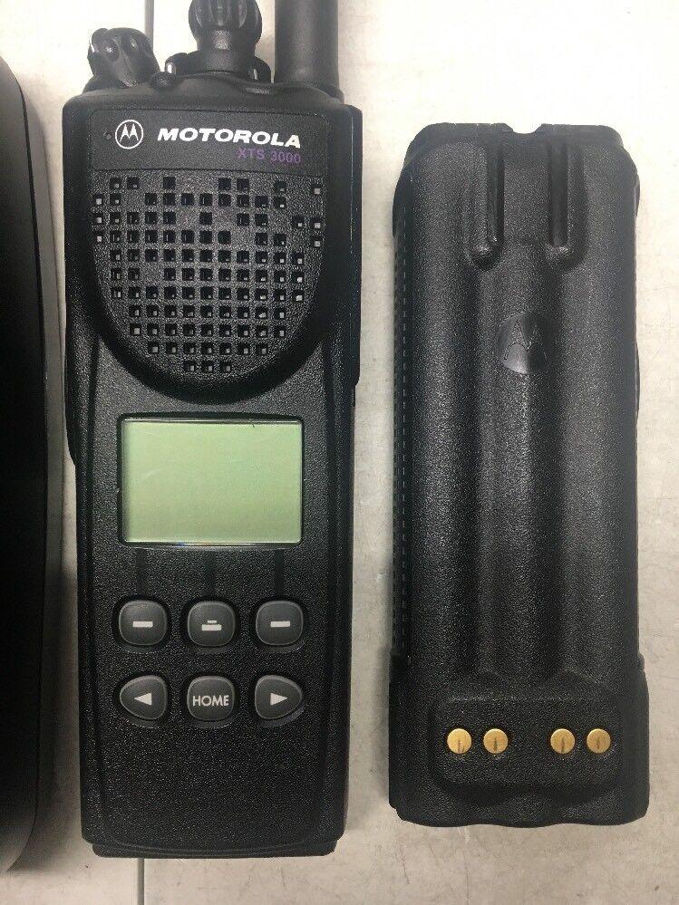Motorola XTS3000 VHF 136-174mhz 255ch P25 Digital Radio
