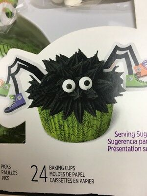 Wilton Cupcake Spider Green Cup cake Decorating Kit 24 Sets Halloween Party New - Halloween Cake Decorating Kit
