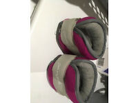 Pink Pineapple Ankle weights total 2.3kg or 5lb - lightly used
