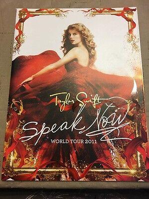 BRAND NEW Taylor Swift Speak Now World Tour 2011 Concert Program w/ Poster Book