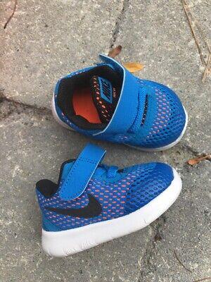 *** NEW baby boy sz 2 NIKE shoes ..