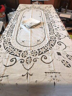 Estate Vintage Unused MADEIRA Linen Tablecloth Banquet Hand Embroidered Napkins
