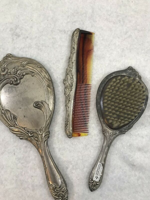 Vanity Dresser Set Comb Brush Mirror International Silver Co Silver Plated
