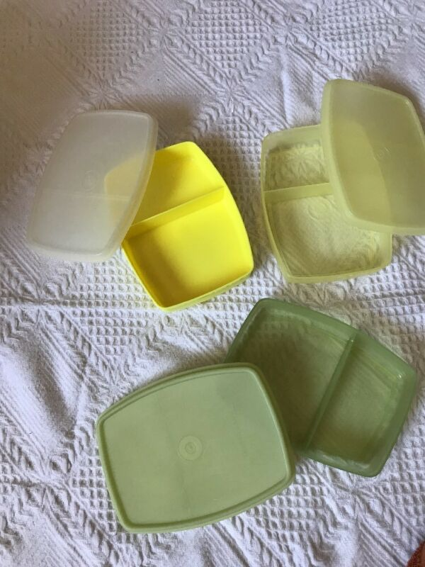 Set of 3 TUPPERWARE vintage Packette Divided Lunch containers Lids Side by Side