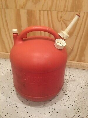 Eagle Pg-5 Round Gas Can Vented 5 Gallon Spout Vintage Pre Ban