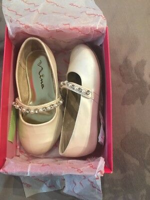 Girls Slip On Nina Shoes Bone Color-Off White Size 8 With Pearls Party/ Dress (Off White Girls Dress Shoes)