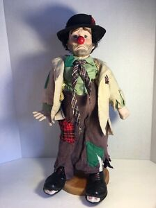 Clyde The Hobo Clown Doll On Stand,  Dynasty Doll 20
