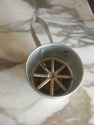 - Vintage Handheld 1- Cup Flour Sifter One-Handed Aluminum