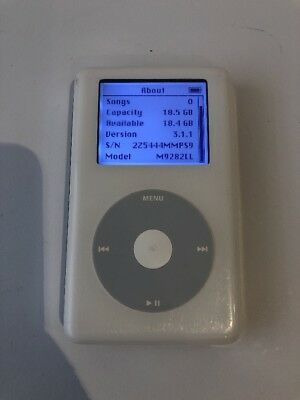 Apple iPod Classic 4th Generation White (20 GB) A1059 M9282LL - Good Condition
