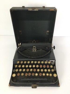 Vintage Typewriter ANTIQUE TYPEWRITER IN ORIGINAL CASE~