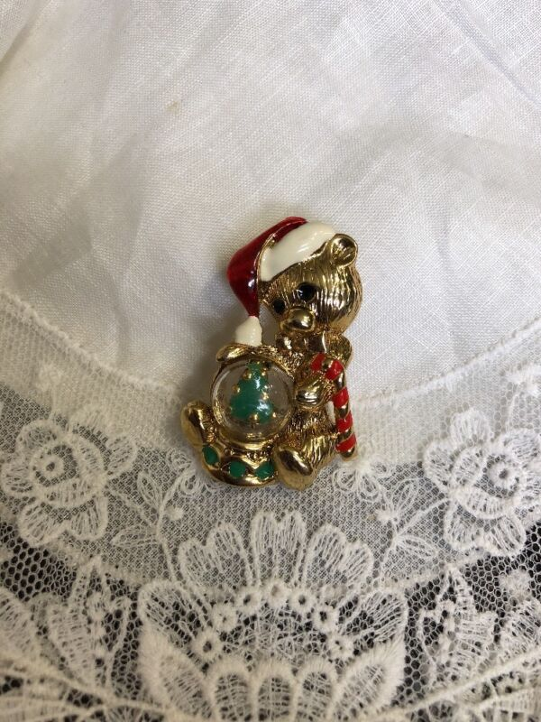 "Vintage Teddy bear Snow Globe 1-3/4""  Christmas Brooch Pin XY-28"
