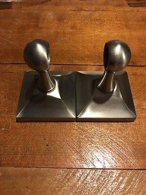 Gatco Satin Handtuchhalter (Gatco 4280 Meridian 3/4-Inch Diameter Towel Bar Satin Nickel- Bracket Only)