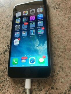 Up for sale a Excellence condition grey iphone 6 128g