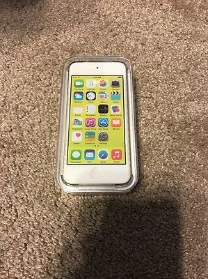 BRAND NEW APPLE iPOD TOUCH 16GB MP3 Player 5th Gen --Yellow