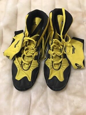 RARE asics intensity wrestling shoes Size 15 Black Yellow Sports a8883a153