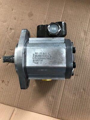 106398 New Oem New Flyer Hydraulic Drive Motor Dynamatic 551101134160