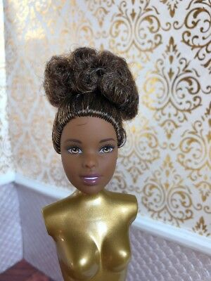 Made to Move Pale Lea Asian Yoga Fashionista Mattel Barbie Doll Head No Body