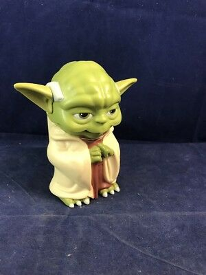 Yoda Character Flashlight - Star Wars - Handle And Grip