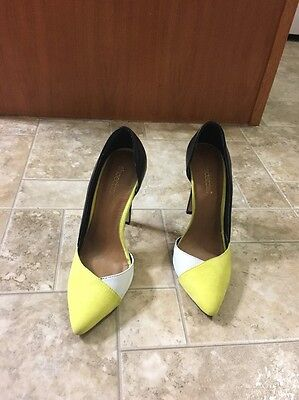 White 5 Inch Heel (Shoedazzle Heels Size 7 Colors Black, White, Yellow 5inch)