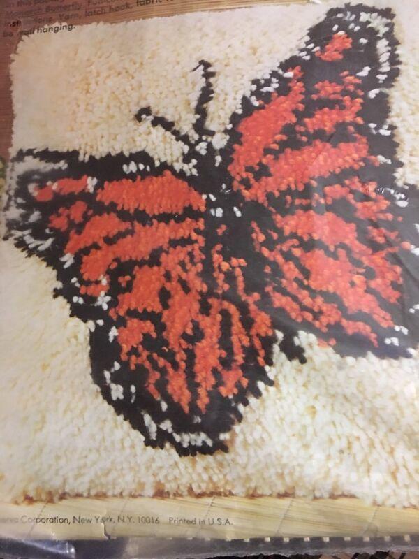 CM Latch-a-Pillow 1976 Monarch Butterfly Columbia Minerva RARE NIP
