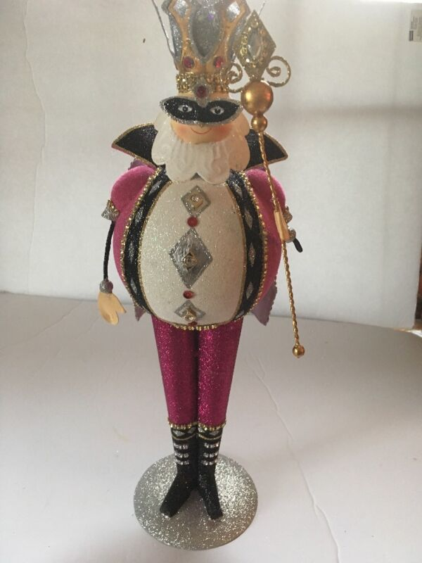 NWT PIER1 IMPORTS Glittered King of Diamonds  Figurine