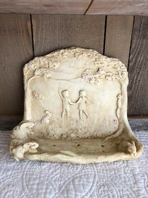 Secret Garden Kids/Bunnies Wall/Fence Shabby Shelf Bird Food Holder/Trinket Chic
