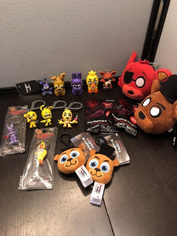 Lot Of Five Nights At Freddy