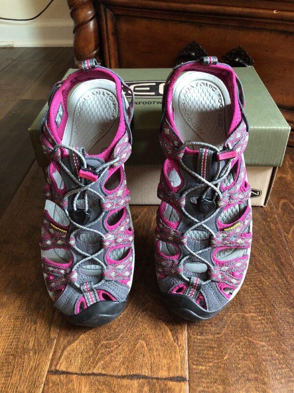 KEEN Women's Whisper Sandal, Magnet/Sangria, 8 M US Whisper W-W