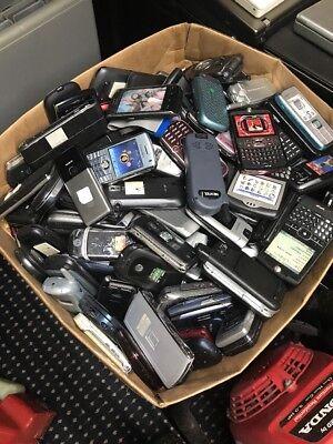 Huge Lot Of Older Dummy Phones