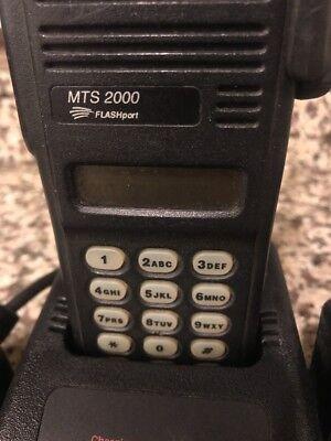Motorola Mts2000 Model Iii Radio H01uch6pw1bnwbatterychargerantennaac-no Mic