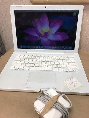 """Apple MacBook 13.3"""" Laptop A1181"""