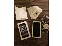 Apple iPhone 5s 16gb Space Gray Unlocked Fully Boxed *Excellent Condition*