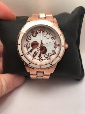 Disney Mickey Mouse Analog Peek-a-Boo Watch with Rose Gold Metal Bracelet-H32